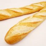 baguete, como toda massa de trigo, deve ser evitada. Picos de insulina, obesidade e pré diabetes