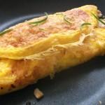 Café da manhã? Ovo é importante na Dieta Paleo! Veja este omelete.